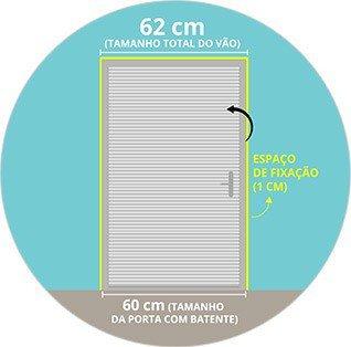 Exemplo para porta de abrir: Porta com batente (60 cm) + espaço para fixação (1 cm de cada lado) = tamanho total do vão de 62 cm